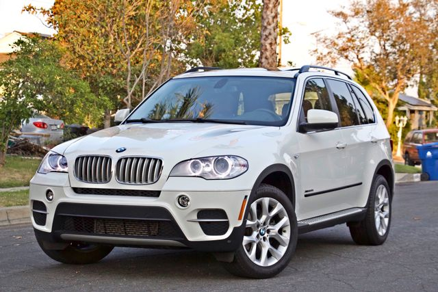 2013 BMW X5 xDrive35i Sport Activity NAVIGATION SYSTEM BLUETOOTH PANORAMA ROOF Woodland Hills, CA 3