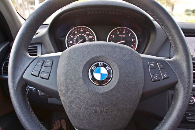 2013 BMW X5 xDrive35i Sport Activity NAVIGATION SYSTEM BLUETOOTH PANORAMA ROOF Woodland Hills, CA 24