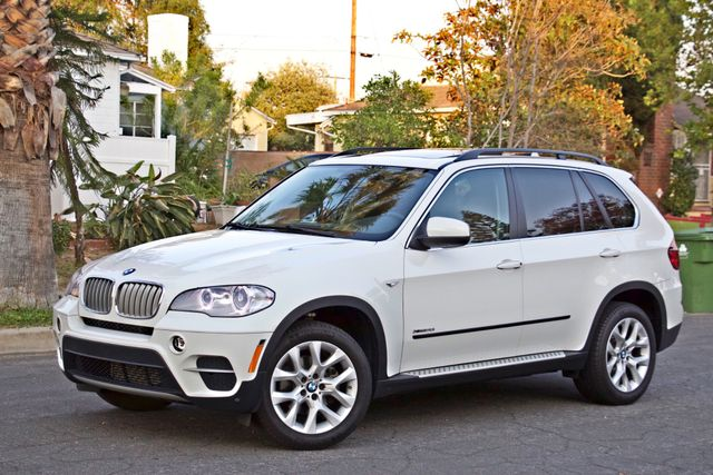 2013 BMW X5 xDrive35i Sport Activity NAVIGATION SYSTEM BLUETOOTH PANORAMA ROOF Woodland Hills, CA 4