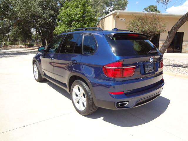 2013 BMW X5 xDrive50i Austin , Texas 2