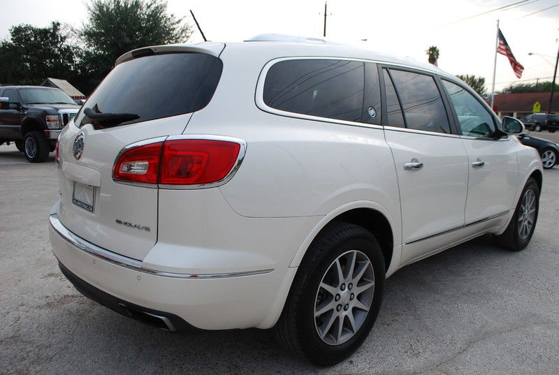 2013 Buick Enclave   Brownsville TX  English Motors  in Brownsville, TX
