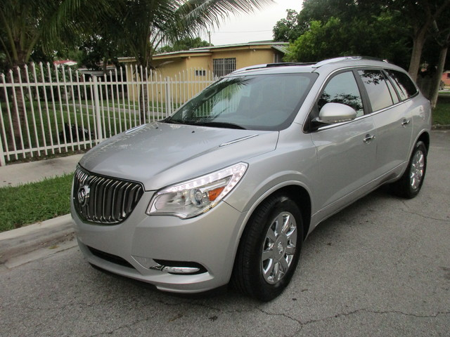 2013 Buick Enclave Leather Come and visit us at oceanautosalescom for our expanded inventoryThis