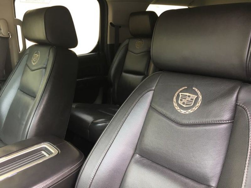 2013 Cadillac Escalade ESV Platinum  city TX  MM Enterprise Motors  in Dallas, TX
