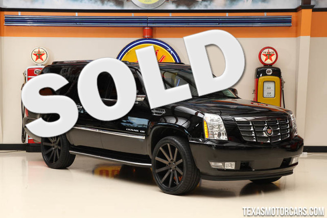 2013 Cadillac Escalade ESV This Carfax 1-Owner 2013 Cadillac Escalade ESV is in great shape with o