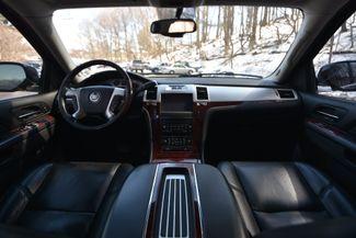2013 Cadillac Escalade ESV Premium Naugatuck, Connecticut 16