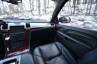 2013 Cadillac Escalade ESV Premium Naugatuck, Connecticut 17