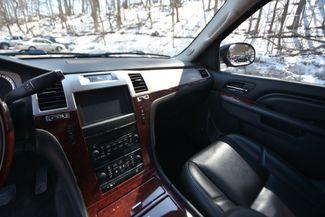 2013 Cadillac Escalade ESV Premium Naugatuck, Connecticut 22