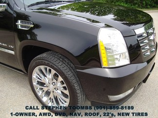 2013 Cadillac Escalade EXT PREMIUM, AWD, NAVI, ROOF, DVD, 1-OWNER in Memphis, Tennessee