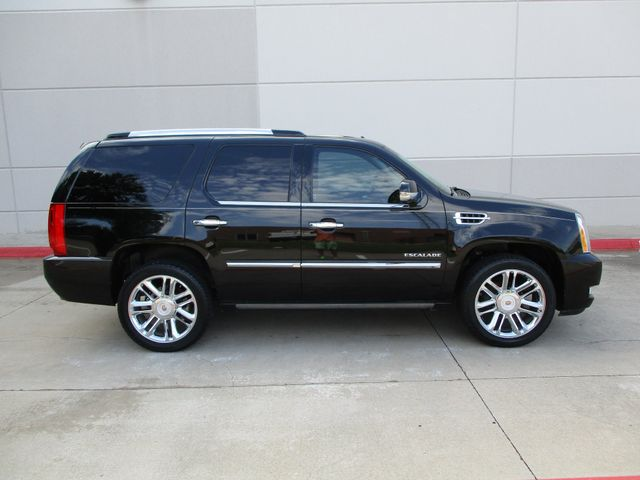 2013 Cadillac Escalade Platinum Edition Plano, Texas 1
