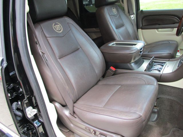 2013 Cadillac Escalade Platinum Edition Plano, Texas 17