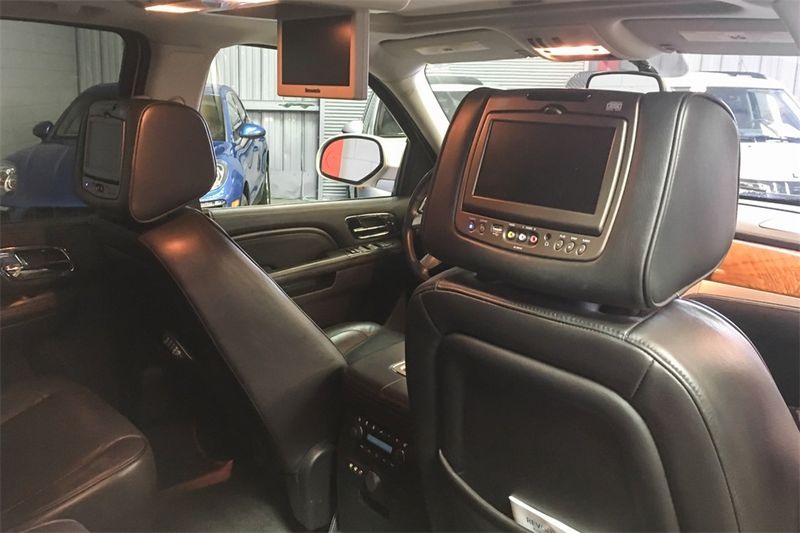 2013 Cadillac Escalade Platinum Edition  city CA  M Sport Motors  in Walnut Creek, CA