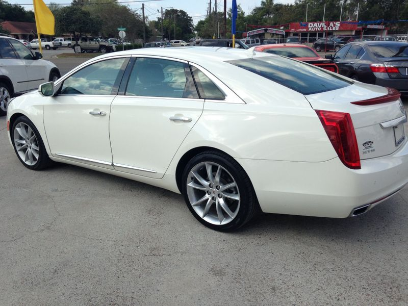 2013 Cadillac XTS Premium  Brownsville TX  English Motors  in Brownsville, TX
