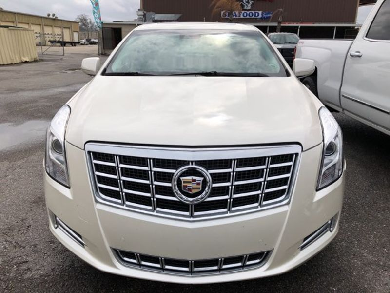 2013 Cadillac XTS Luxury  city LA  AutoSmart  in Harvey, LA