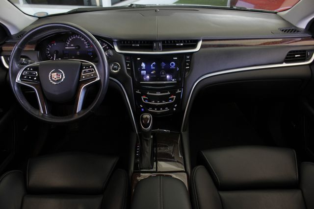 2013 Cadillac XTS Professional Luxury AWD - NAVIGATION - HEATED/COOLED LEATHER! Mooresville , NC 27