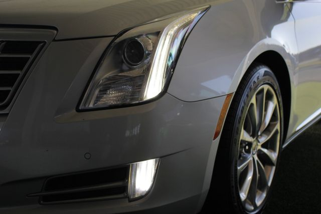 2013 Cadillac XTS Professional Luxury AWD - NAVIGATION - HEATED/COOLED LEATHER! Mooresville , NC 26