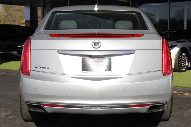 2013 Cadillac XTS Professional Luxury AWD - NAVIGATION - HEATED/COOLED LEATHER! Mooresville , NC 17