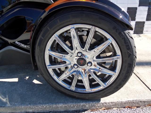 2013 Can-Am™ Spyder ST Daytona Beach, FL 10