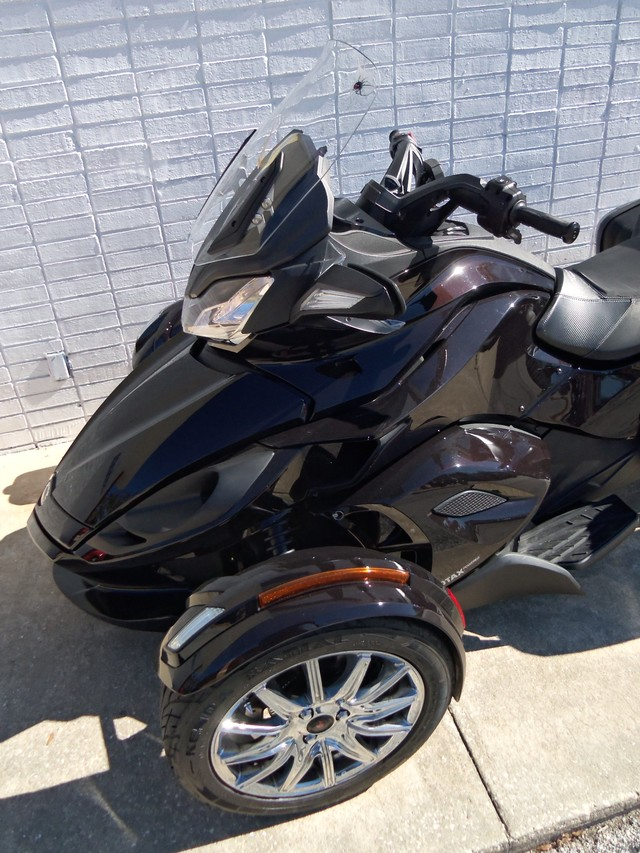 2013 Can-Am™ Spyder ST Daytona Beach, FL 7