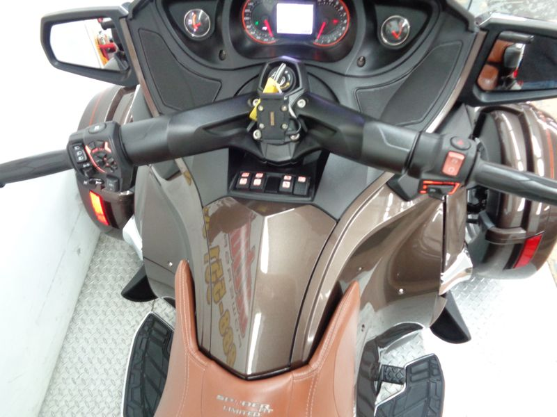 2013 Can-Am Spyder RT Limited   Oklahoma  Action PowerSports  in Tulsa, Oklahoma