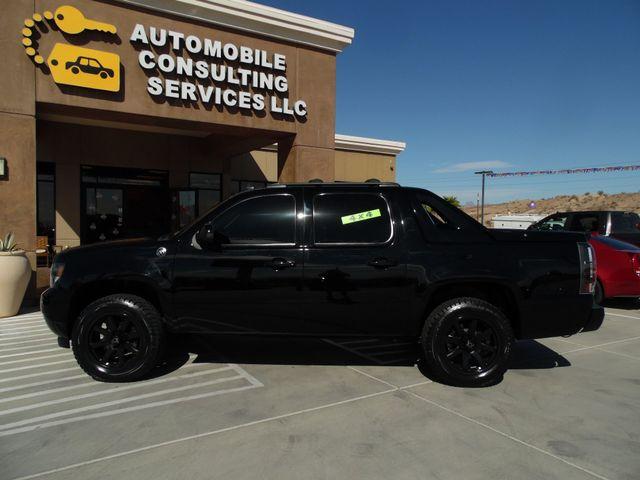 2013 Chevrolet Black Diamond Avalanche 4x4 Bullhead City, Arizona 3