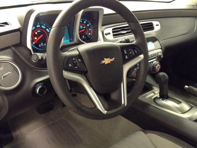 2013 Chevrolet Camaro LS Leesburg, Virginia 6