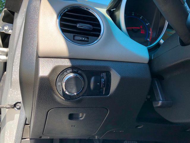 2013 Chevrolet Cruze LS Sterling, Virginia 16