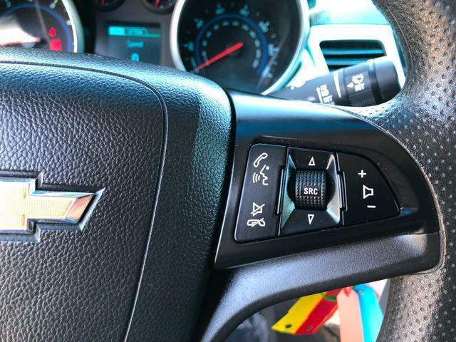 2013 Chevrolet Cruze LS Sterling, Virginia 18