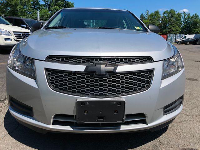 2013 Chevrolet Cruze LS Sterling, Virginia 6