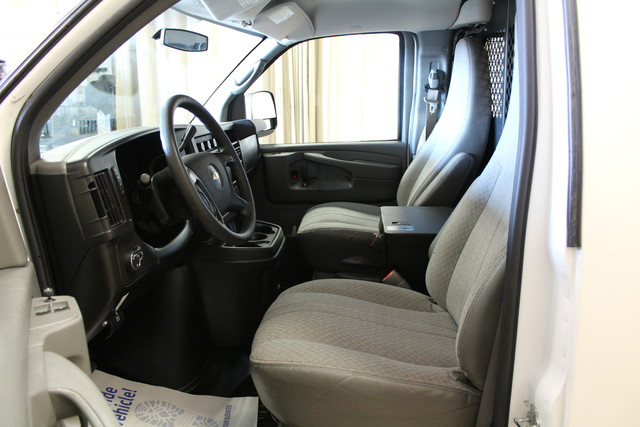 2013 Chevrolet Express Cargo Van AWD AWD Roscoe, Illinois 17