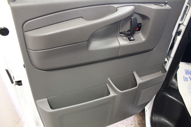 2013 Chevrolet Express Cargo Van AWD AWD Roscoe, Illinois 25