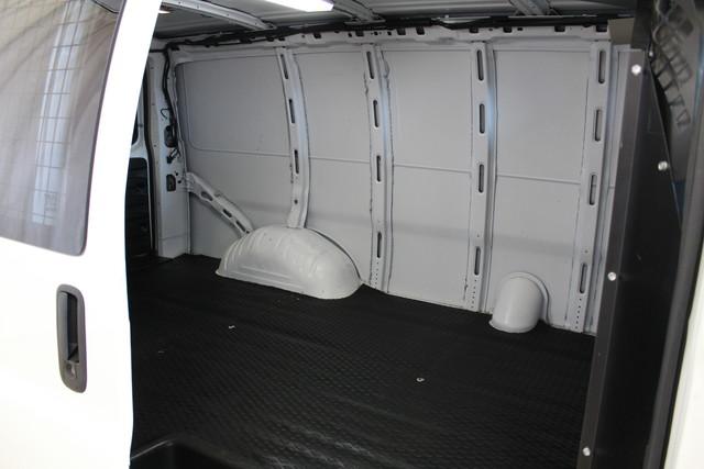 2013 Chevrolet Express Cargo Van AWD AWD Roscoe, Illinois 23