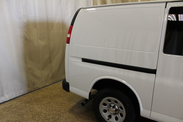 2013 Chevrolet Express Cargo Van AWD AWD Roscoe, Illinois 8
