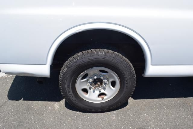 "2013 Chevrolet Express Cargo Van RWD 3500 155"" Richmond Hill, New York 3"