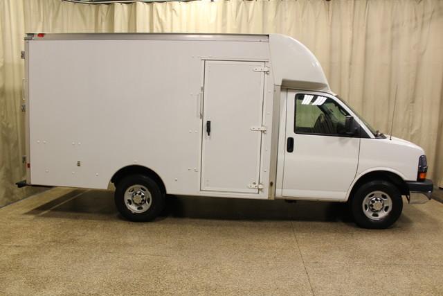 2013 Chevrolet Express Commercial Cutaway cutaway van Roscoe, Illinois 1