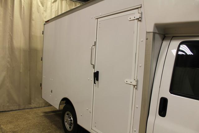 2013 Chevrolet Express Commercial Cutaway cutaway van Roscoe, Illinois 10