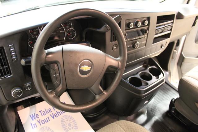 2013 Chevrolet Express Commercial Cutaway cutaway van Roscoe, Illinois 14
