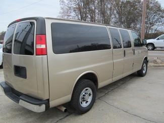 2013 Chevrolet Express Passenger LT Houston, Mississippi 4