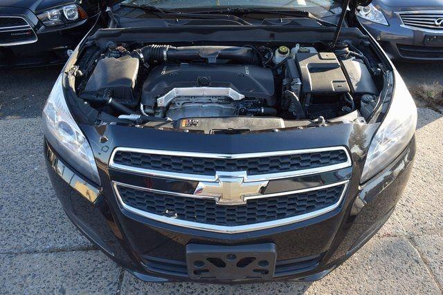 2013 Chevrolet Malibu LT Richmond Hill, New York 4