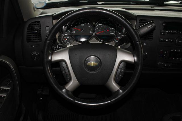 2013 Chevrolet Silverado 2500HD LT Crew Cab 4x4 Z71 - DURAMAX - LEATHER! Mooresville , NC 4