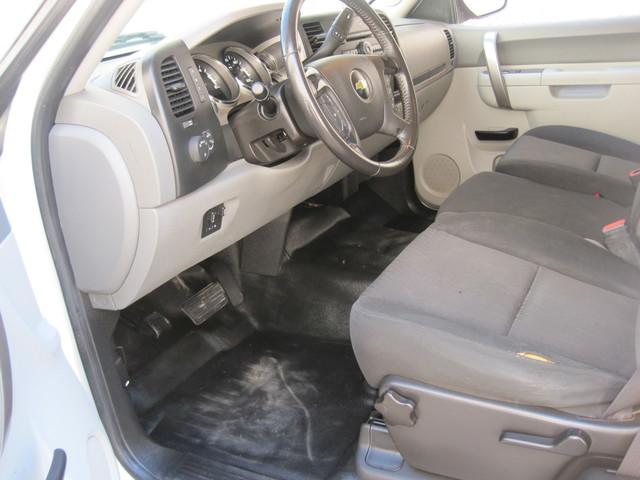 2013 Chevrolet Silverado 2500HD X/Cab 4x4 LWB 1 Owner, Service History, X/Clean Plano, Texas 13