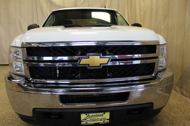 2013 Chevrolet Silverado 2500HD Work Truck Roscoe, Illinois 3