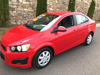 2013 Chevrolet-2 Owner! Showroom Condition! Sonic-BUY HERE PAY HERE OR $500 DN WAC!!  2LS-CARMARTSOUTH.COM Knoxville, Tennessee 19
