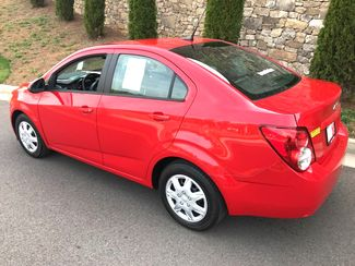 2013 Chevrolet-2 Owner! Showroom Condition! Sonic-BUY HERE PAY HERE OR $500 DN WAC!!  2LS-CARMARTSOUTH.COM Knoxville, Tennessee 20