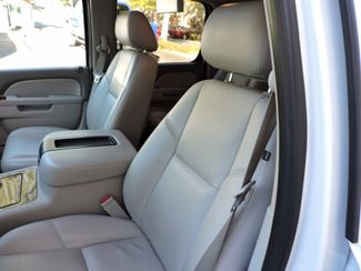 2013 Chevrolet Suburban LTZ  LOADED! Low Miles! Bend, Oregon 10