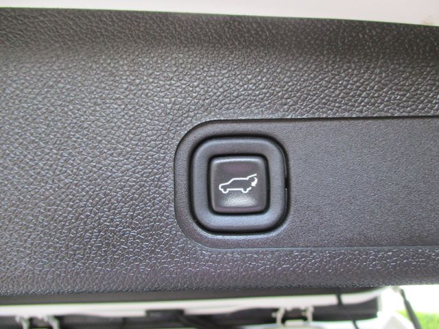 2013 Chevrolet Suburban Z71 4x4 Roof Entertainment Nav Plano, Texas 26