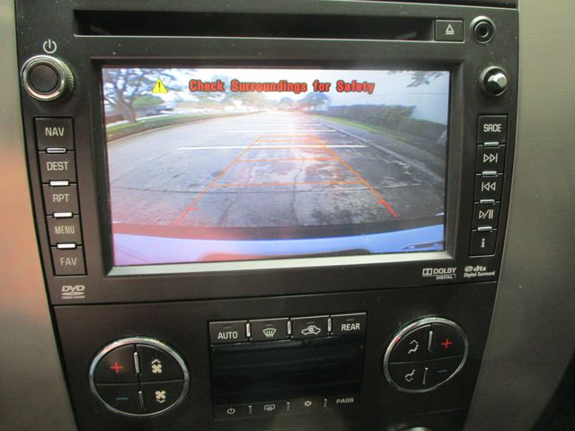 2013 Chevrolet Suburban Z71 4x4 Roof Entertainment Nav Plano, Texas 33