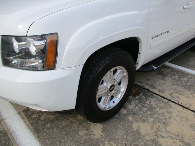 2013 Chevrolet Suburban Z71 4x4 Roof Entertainment Nav Plano, Texas 9