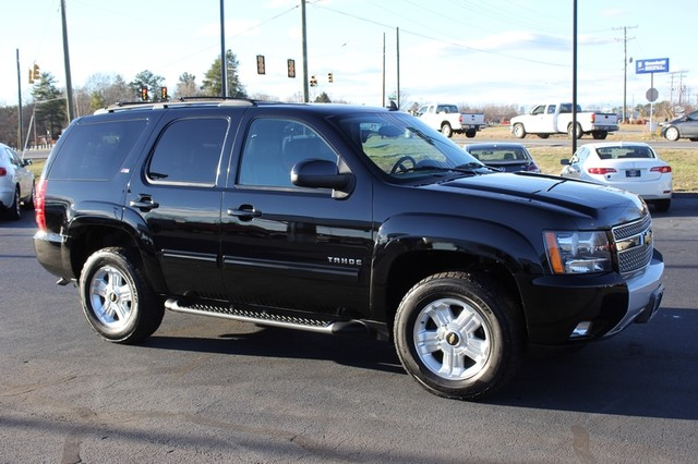 2013 Chevrolet Tahoe LT 4X4 Z71 - NAVIGATION - REAR DVD - SUNROOF! Mooresville , NC 21