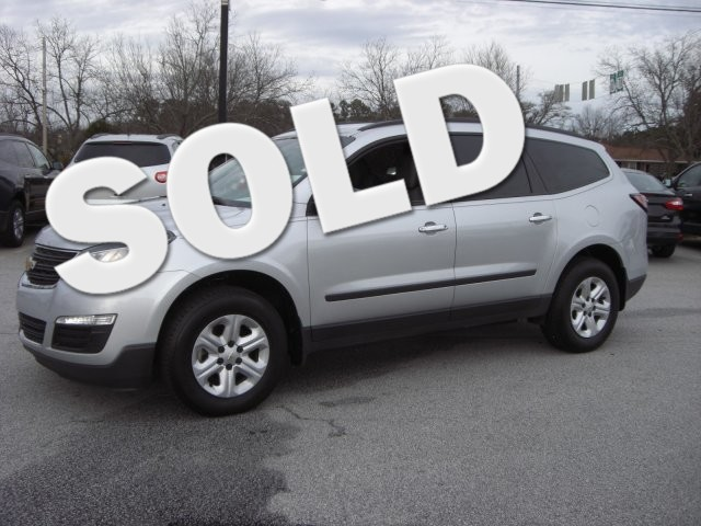 2013 Chevrolet Traverse LS SUPER SHARP VEHICLE CLEAN INSIDE AND OUT GREAT ECONOMY CAR LOW MILES