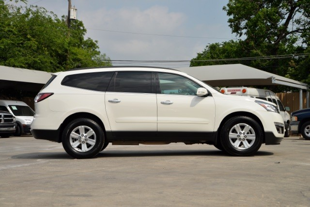 2013 Chevrolet Traverse LT San Antonio , Texas 4